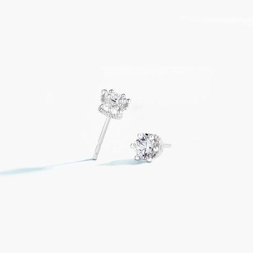 Chamilia Swarovski Crystal Tiara Stud Earrings