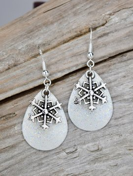 Eye Catching Jewelry Sparkly Snowflake Earrings