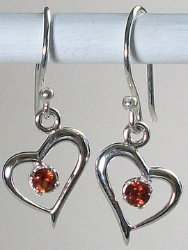 Esprit Creations Sweet Hearts Garnet Earrings