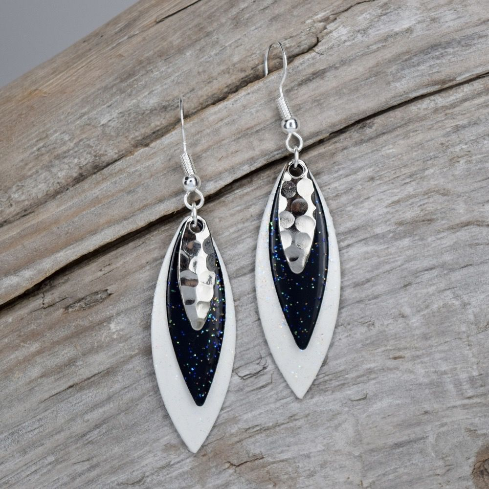 Eye Catching Jewelry Black and White Layered Earrings