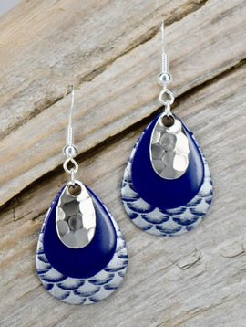 Eye Catching Jewelry Blue Wave Layered Earrings