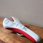Fizik Ardea Saddle White/Red