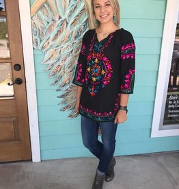 Embroidered 3/4 Sleeve Top Black
