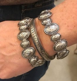 Stretch Concho Bracelet