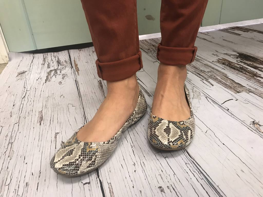 Lucky Brand Emmie Flats i7ceAw