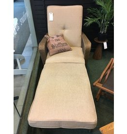 Cosco Home and Office Gretna Chaise Lounge with Cushion