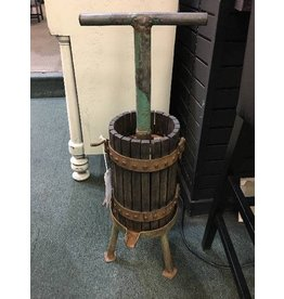 Wine Press w/Green Handle