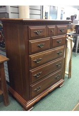 Vintage Early American Style Cherry 5 Drawer Chest