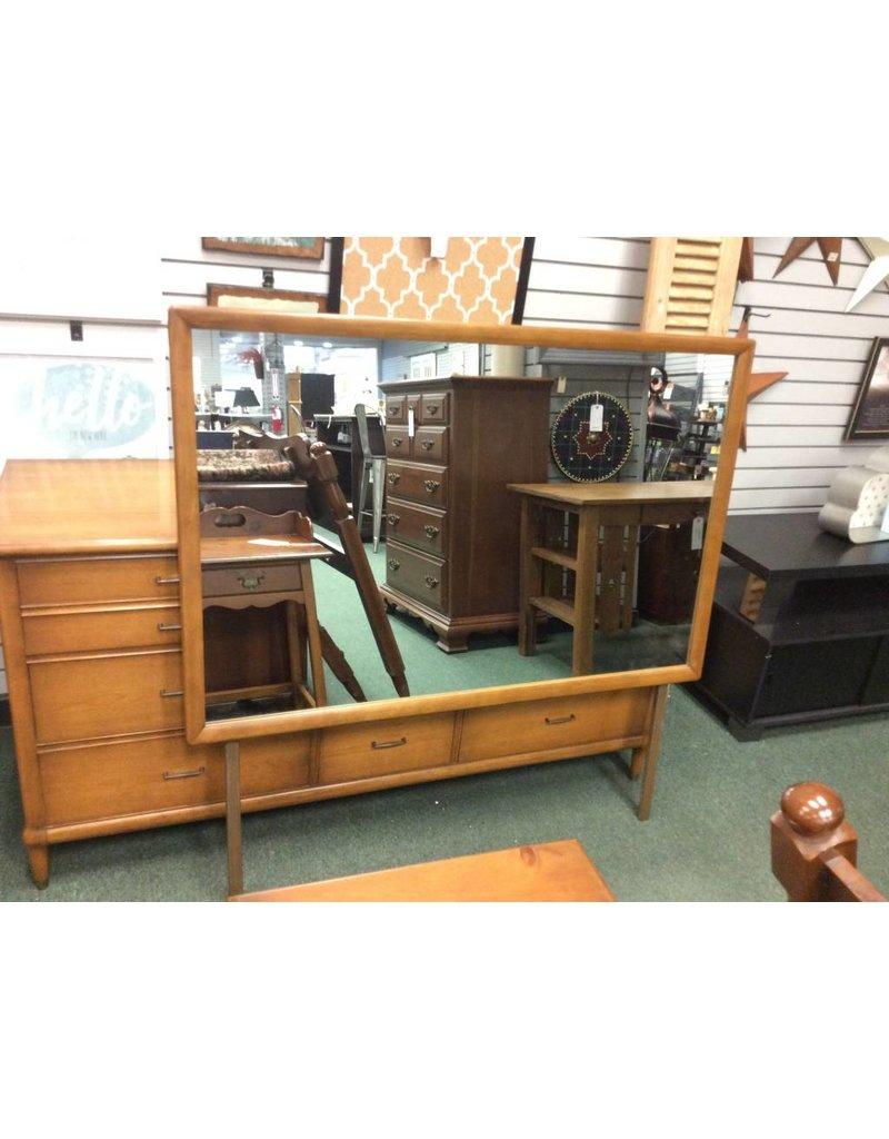 Mid Century 9 Drawer Dresser w Mirror
