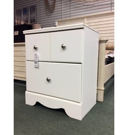 Signature Design by Ashley Carrabassett 2 Drawer Nightstand