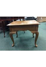 Kincaid Vintage End Table w Queen Anne Legs
