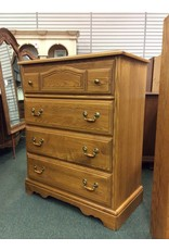 Vintage Oak 4 Drawer Chest of Drawers