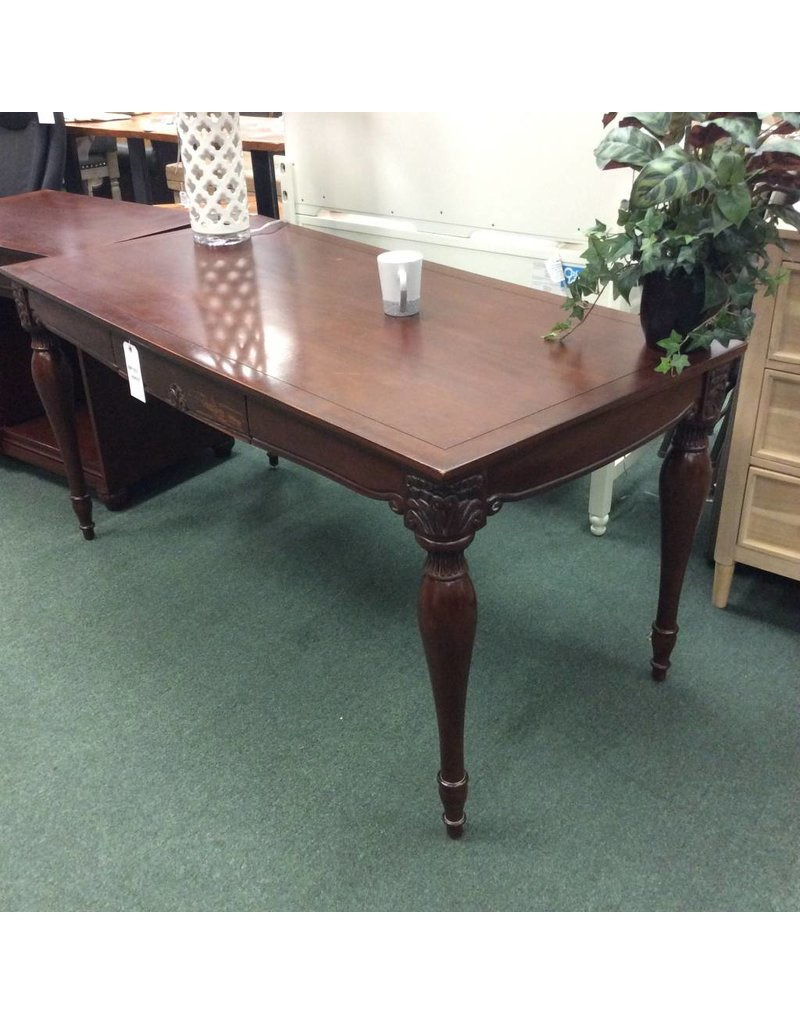 Gentil Large Mahogany Ladies Desk W/ 1 Center Drawer ...