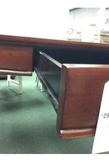 Large Mahogany Ladies Desk w/ 1 Center Drawer