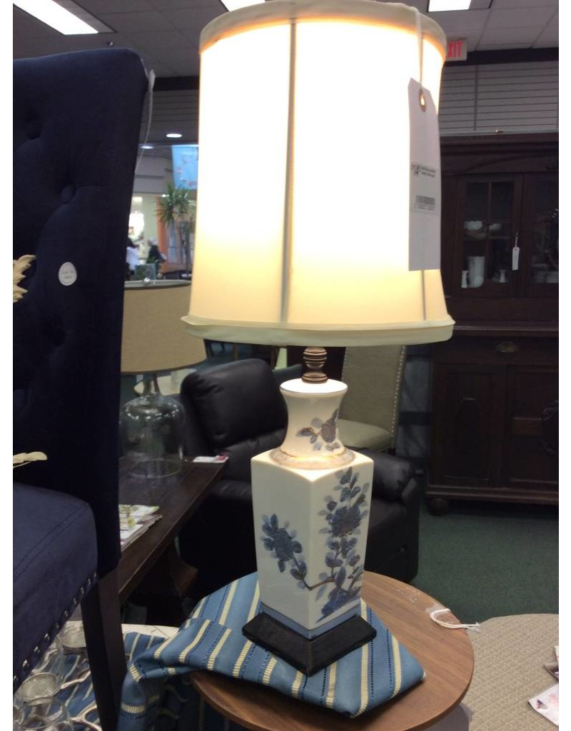 Small Blue And White Ceramic Table Lamp Heirloom Home