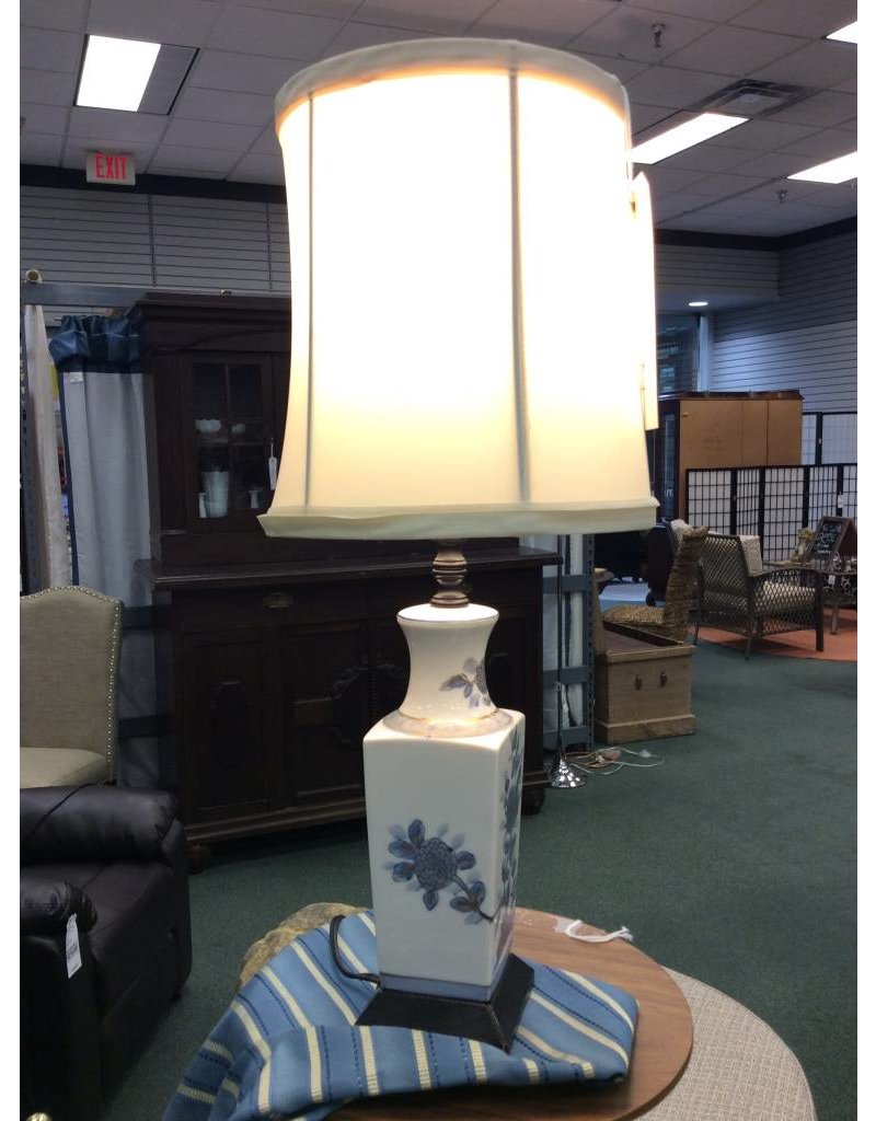 Small Blue and White Ceramic Table Lamp