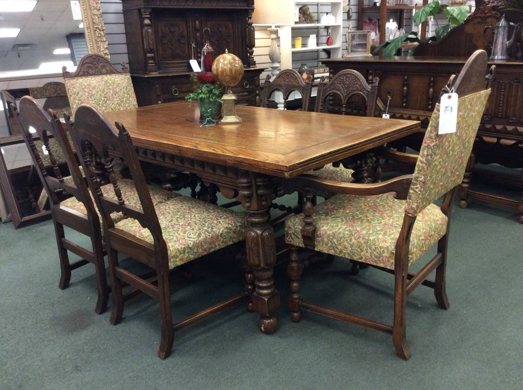 Solid Oak Jacobean Style Dining Table Chairs Heirloom Home - Wooden dining room table with 6 chairs