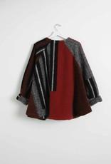 Sita Murt Fantasy knit cape