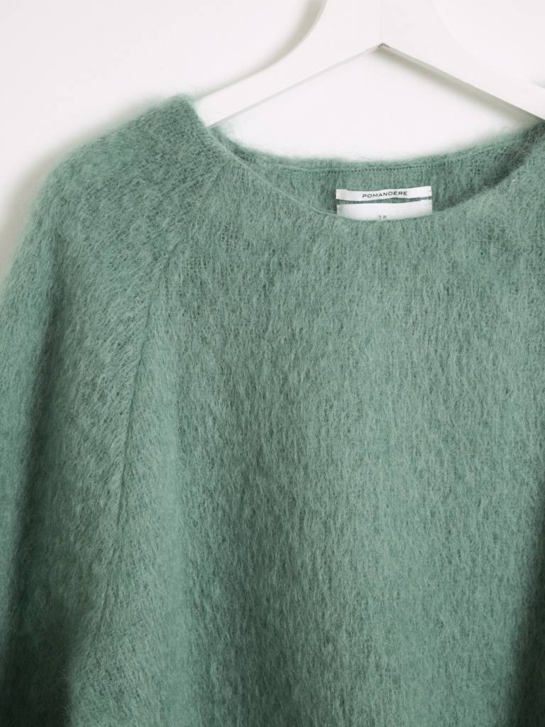 Pomandere Green Sweater