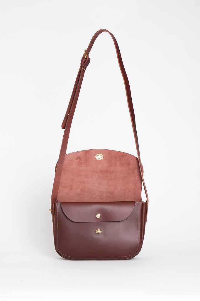 Mimi Berry Artie Shoulder Bag Chocolate