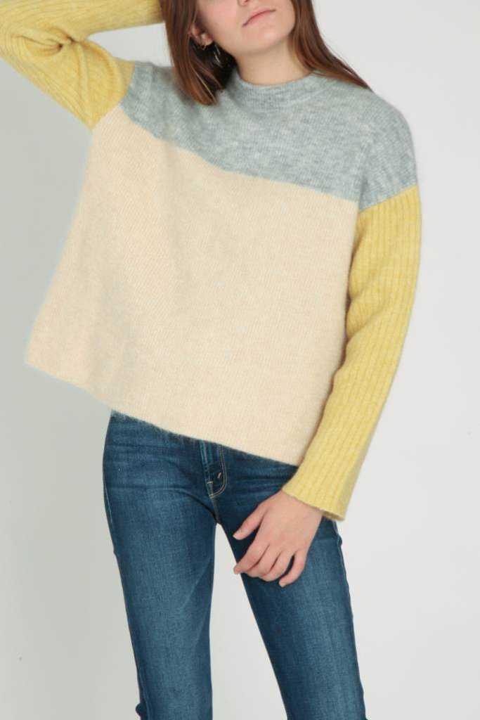 Demy Lee Demy Lee Colorblock Sweater