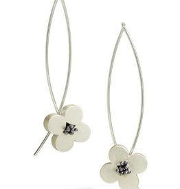 Bree Richey Silver Circle Flower Earrings, opposing curved wires, oxidized pistils