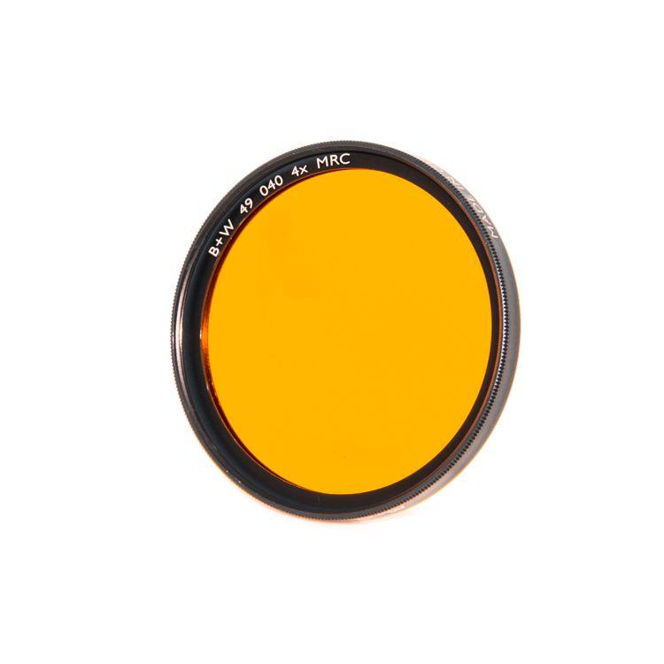 P80-57 B+W 49mm Orange MRC