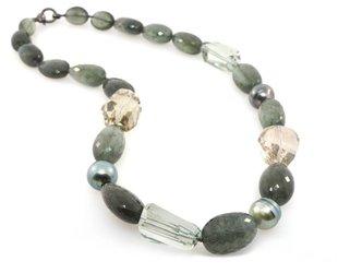 Trabert Goldsmiths Multi Grn Semi Precious Beaded Necklace E1195