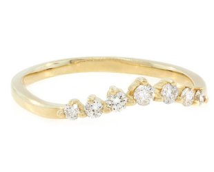 Liven Chevron Diamond Curved Yellow Gold Ring LN7