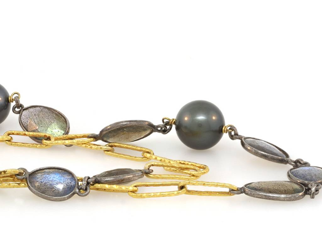 Trabert Goldsmiths Labradorite and Cultured Tahitian Pearl Gold Chain Necklace