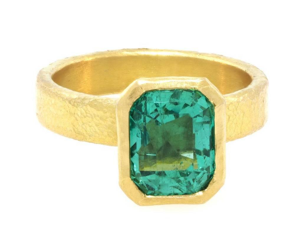 Trabert Goldsmiths 2.93cts Columbian Emerald Bezel Yellow Gold Ring