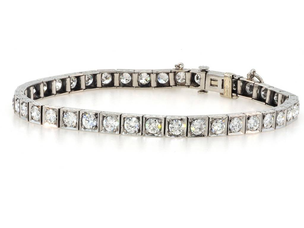 Trabert Goldsmiths Antique Deco Dia Box Link Bracelet E1413