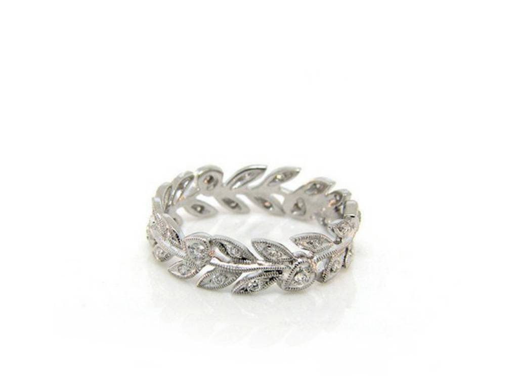 Beverley K Collection Leaf Pattern Eternity Band