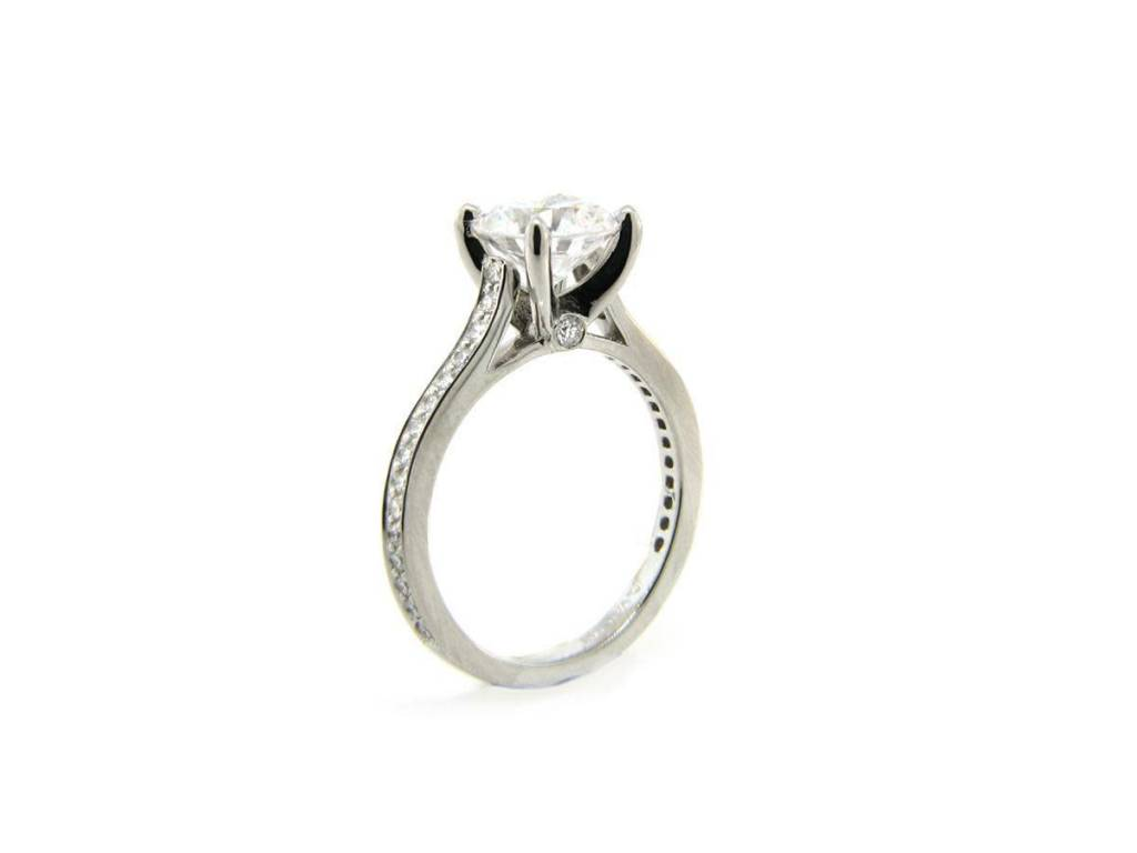 Vatche 4-Prong Setting with Diamond Pave