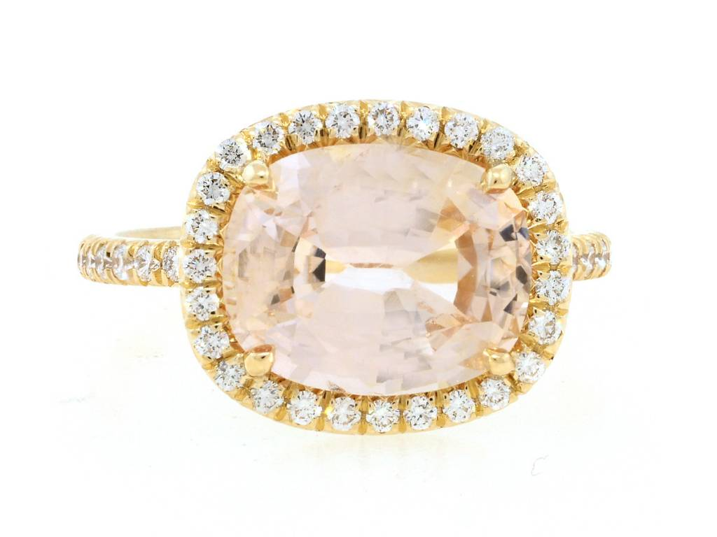 Trabert Goldsmiths 4.56ct Peach Sapphire Golden Goddess Ring