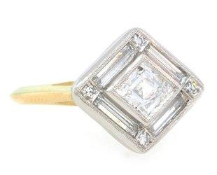 Trabert Goldsmiths Kite Diamond Supernova Ring E1594