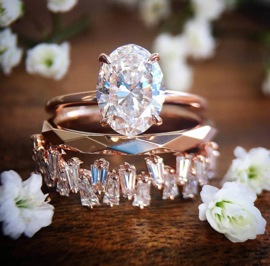 Engagement Ring Instagram Accounts Are the Perfect Way to Kill Time on Your Phone Over Christmas