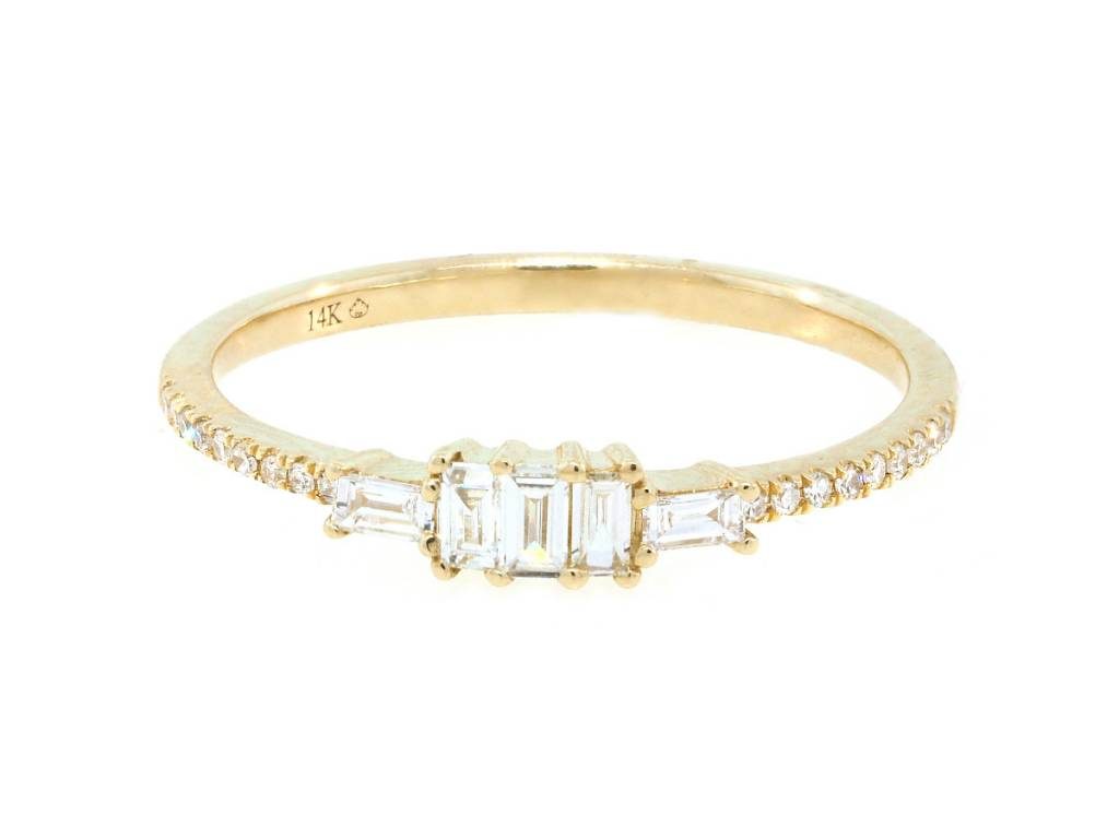Luvente Baguette Diamond Yellow Gold Ring