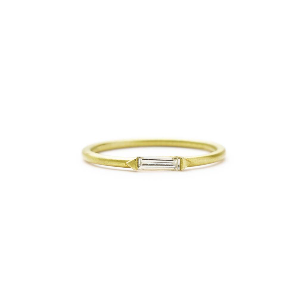 ILA 0.15ct Rue Baguette Diamond Ring