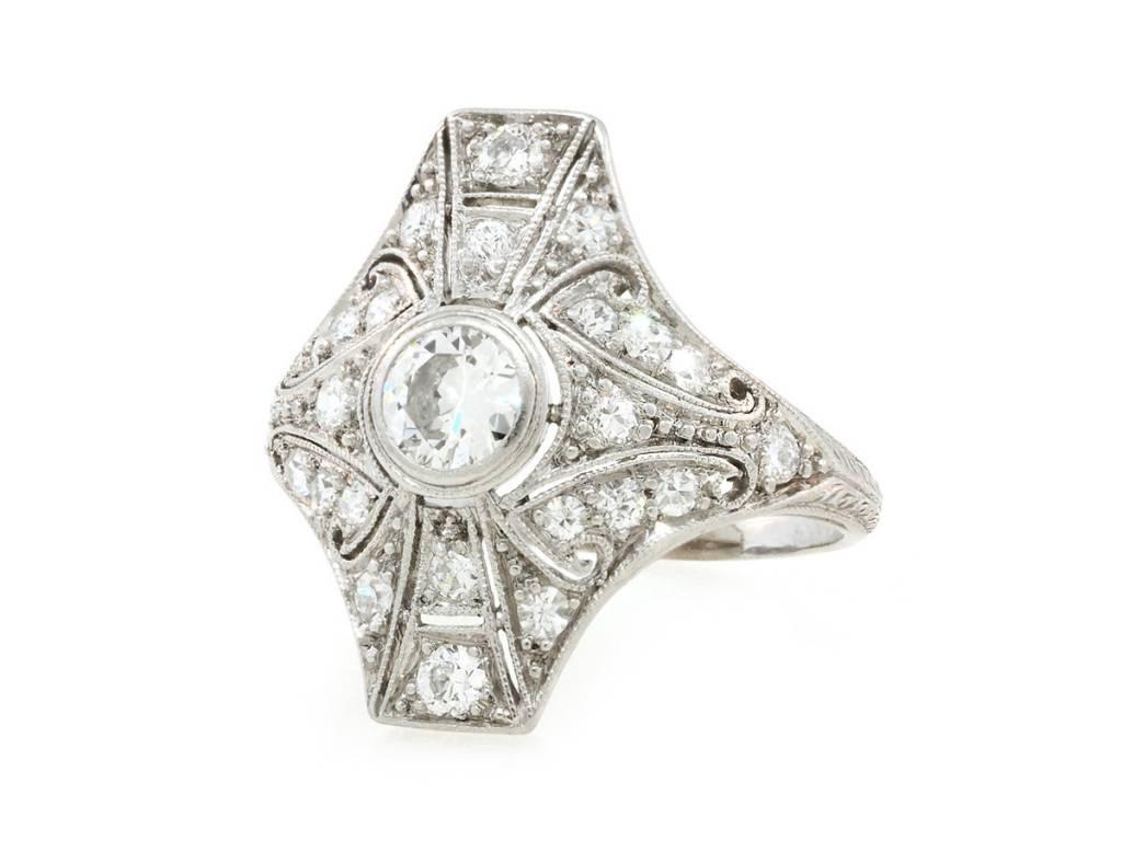 Trabert Goldsmiths Antique Deco Platinum Diamond Ring