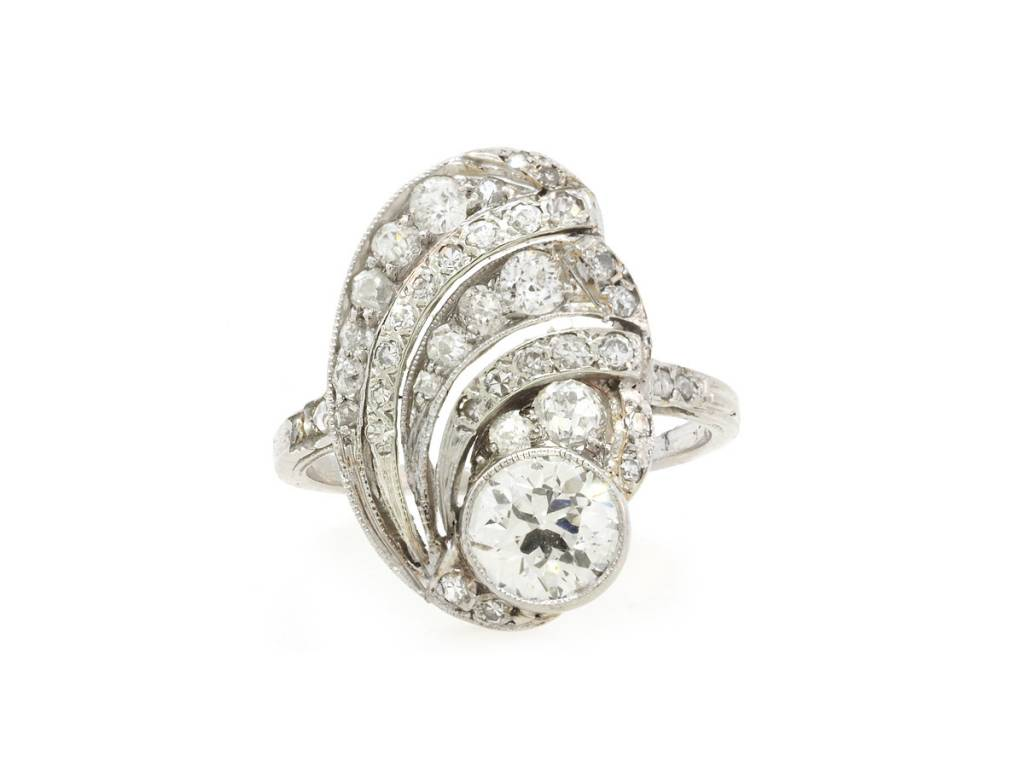 Trabert Goldsmiths Antique Deco Diamond Swirl Ring