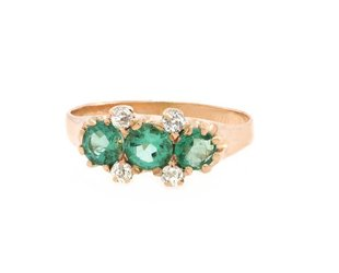Trabert Goldsmiths Victorian 3 Stone Emerald and Dia Ring E1683
