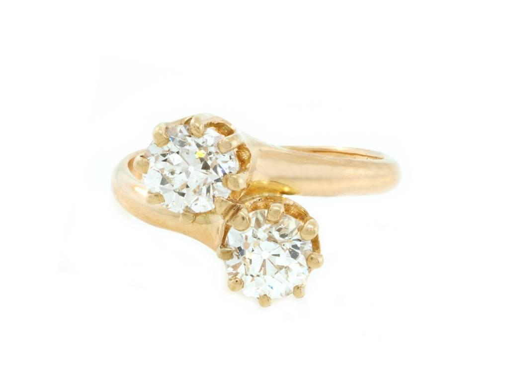 Trabert Goldsmiths Victorian Diamond Toi et Moi Ring