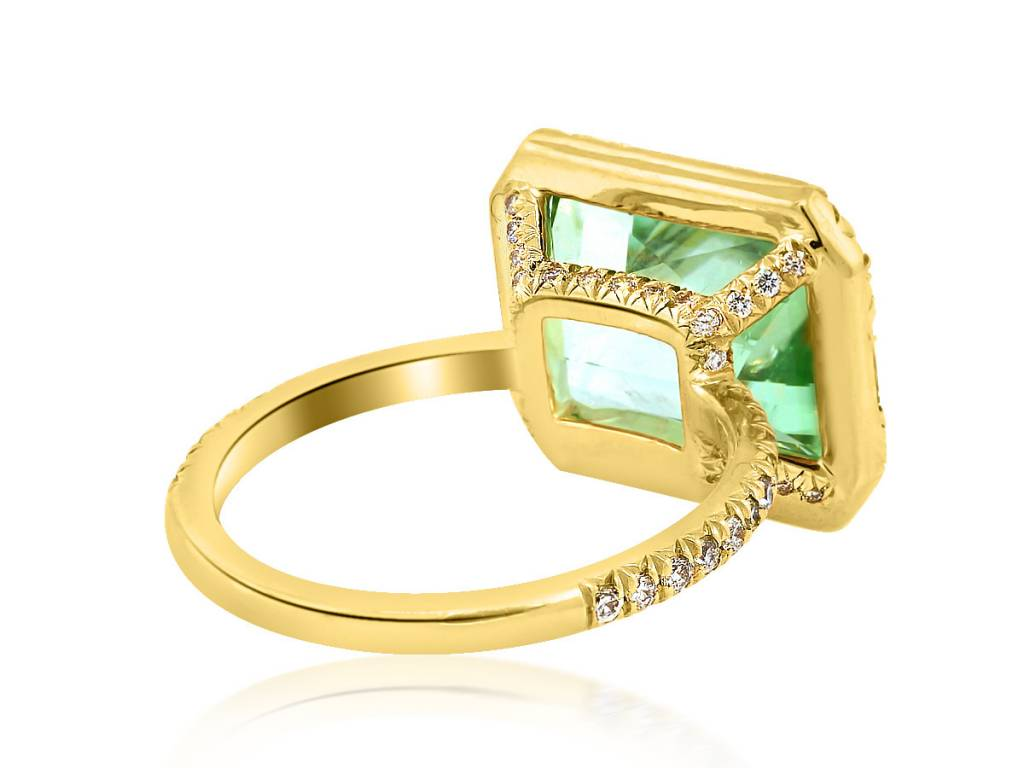 Trabert Goldsmiths 5.52ct  Tourmaline Goddess Ring