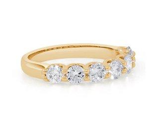 Trabert Goldsmiths 1.24ct GVS 7 Stone Diamond Gold Ring E1749