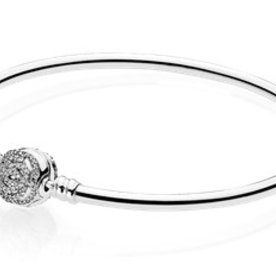 Pandora Beauty & the Beast Bangle, Size 17