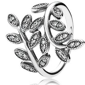 Pandora Sparkling Leaves Ring, Size 6