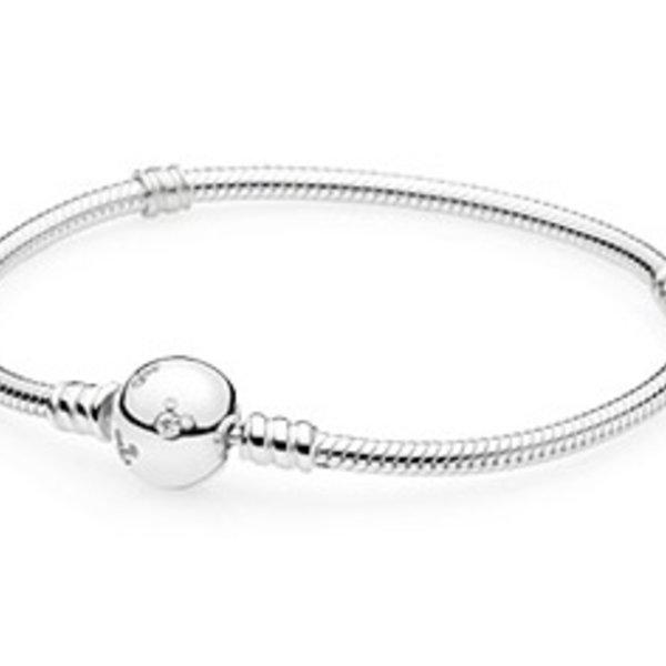 Pandora 590731CZ-17 Disney Mickey silver bracelet with clear CZ