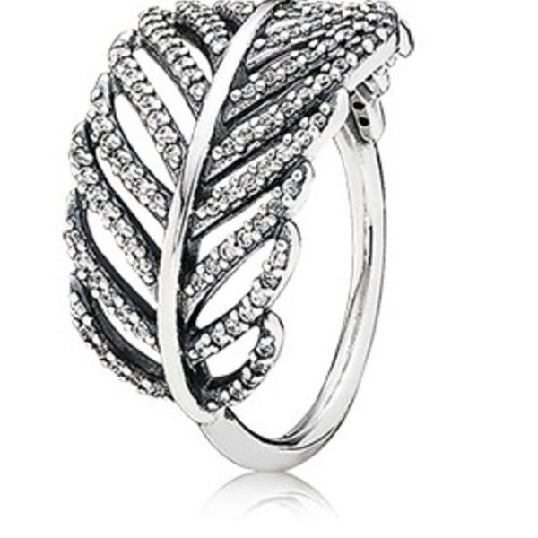 Pandora Light as a Feather Ring, Size 7.5