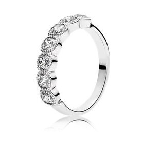 Pandora Alluring Cushion Ring, Size 8.5